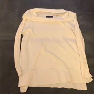 Scoop Neck white sweater
